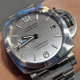 パネライコピーLuminor Marina 1950 3 Days Automatic PAM 00977